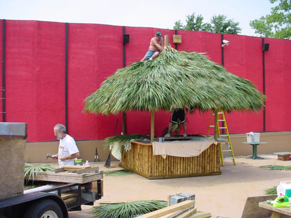 how to build a tiki hut with palm leaves